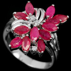 Cincin Natural Red Ruby Marquise & White Cz