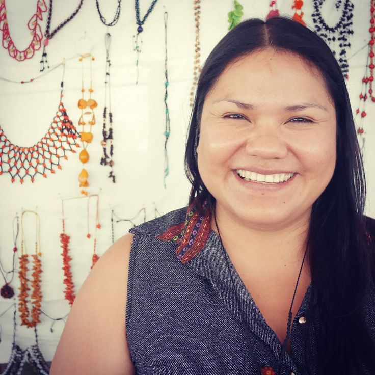 Introducing Liz, a wonderful Ashaninka indigenous woman that has organized over 60 women from remote communities in the low Amazon to form an association to sell their ancestral artisan products. We plan on visiting the community in June. We are excited about collaborating and supporting their intricate weaving heritage.  #aanincollective #ethicalfashion #supportartisans #ashanika #indigenousculture #modaperu #transparentsupplychain #ethicalbusiness #socialenterprise #empowerher…