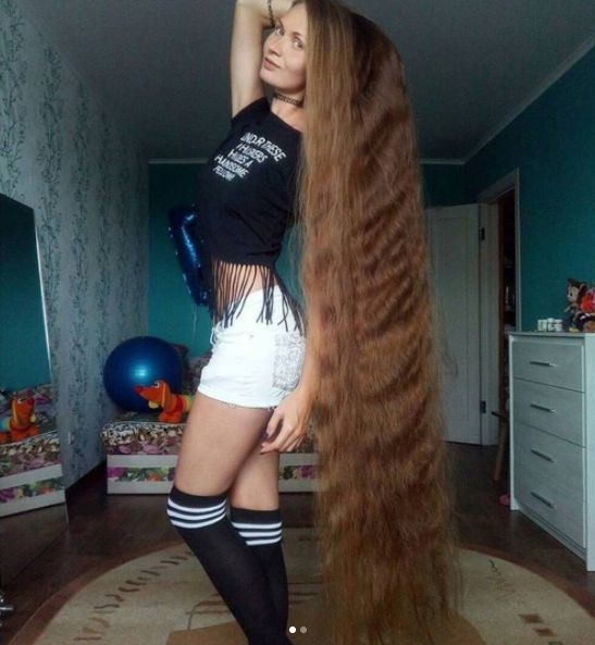 Meet The Russian Lady Who Hasn't Cut Her Hair For 14 Years http://ift.tt/2uuVkbT