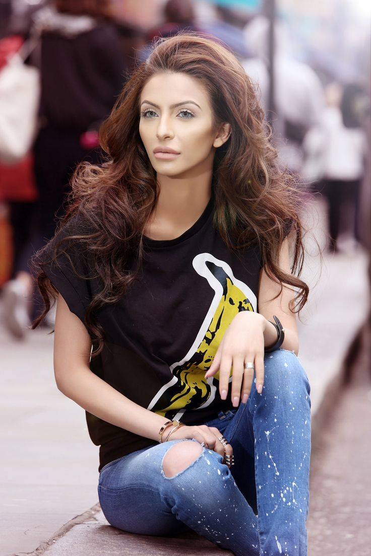 Pepe Jeans London, the iconic British-born brand, launched its Custom Studio in Pakistan through their latest campaign, #BreakYourJeans, starring the popular beauty and style icon, Faryal Makhdoom.