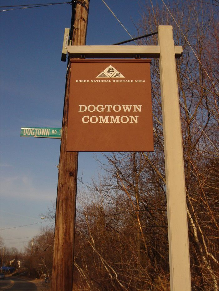 Settlers began moving to the area in 1693, mainly because the spot's inland location afforded protection from pirates and from hostile native peoples who were understandably annoyed at the uninvited guests. At its peak (1750-1800), Dogtown played host to around 100 families.