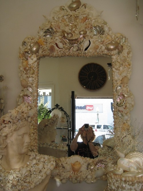 Best 25+ Decorated mirrors ideas on Pinterest | Diy floral mirror ...