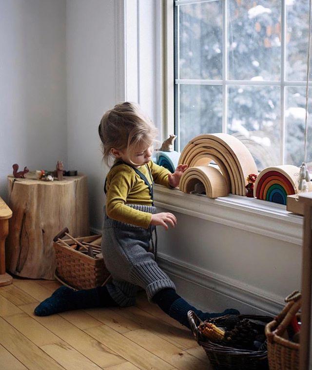 10x Vensterbank Ideeen Tips En Inspiratie Voorbeelden Homease Rainbow Wooden Toys Kids Corner Kids Room