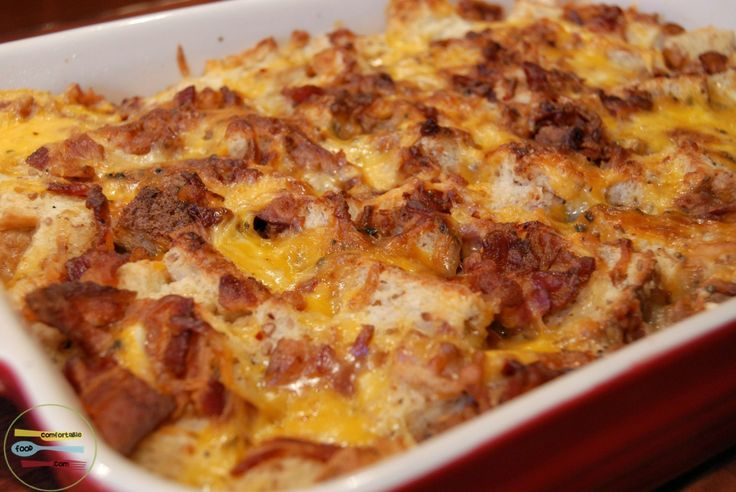 Do you have a house full of Thanksgiving guests? This Bacon, Egg and Cheese Breakfast Casserole is a perfect make ahead breakfast solution.