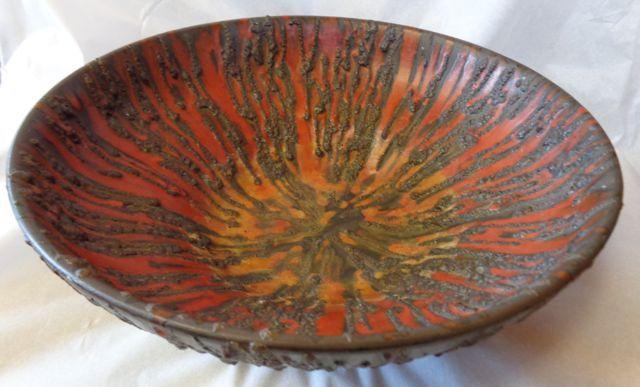 Rubin Ceramano Fat Lava Bowl Courtenay Antiques 367-4th St Courtenay BC