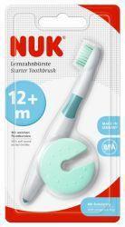 НУК Зубная щётка обучающая с защитным кольцом  — 285р. --------- NUK Зубная щетка обучающая    Идеальна для обучения детей самостоятельной чистке зубов  Закругленная головка с мягкой щетиной  Нескользкая ручка эргономичной формы  Защитное кольцо препятствует слишком глубокому проникновению щетки в ротовую полость и может использоваться как подставка для щетки     Приучите вашего ребенка правильно ухаживать за зубами как можно раньше, в идеальном случае еще до появления первого…
