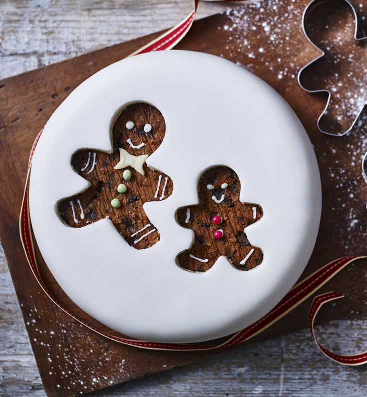 Use your cookie cutters to make an easy cut-out design and decorate using your imagination!