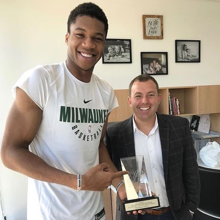 #giannisantetokounmpo regram @thebuckspage  Giannis Antetokounmpo receives his most improved player award from Bucks GM Jon Horst!   _____________________________________________________________  Milwaukee Bucks News:  - The Milwaukee bucks are predicted to win 47.5 games and finished 5th in the east (West Gate Las Vegas)   - The Bucks have a 60/1 chance to win the NBA championshipthe same as the 76ers. (Las Vegas Superbook)   - The Wisconsin Herd is hosting free agent tryouts and some…