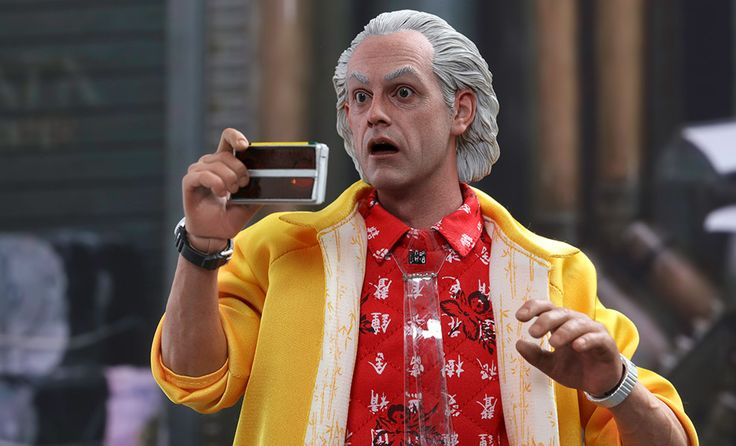 The Hot Toys Dr Emmett Brown Sixth Scale Figure is available at Sideshow.com for fans of Back to the Future Part II and Christopher Lloyd.