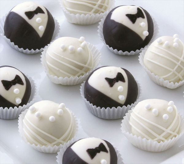 Cake Bites - Bride and Groom Collection, $24.99. (http://www.cakebites.biz/products/bride-and-groom-collection.html)  #cakeballs #cakepops #weddings