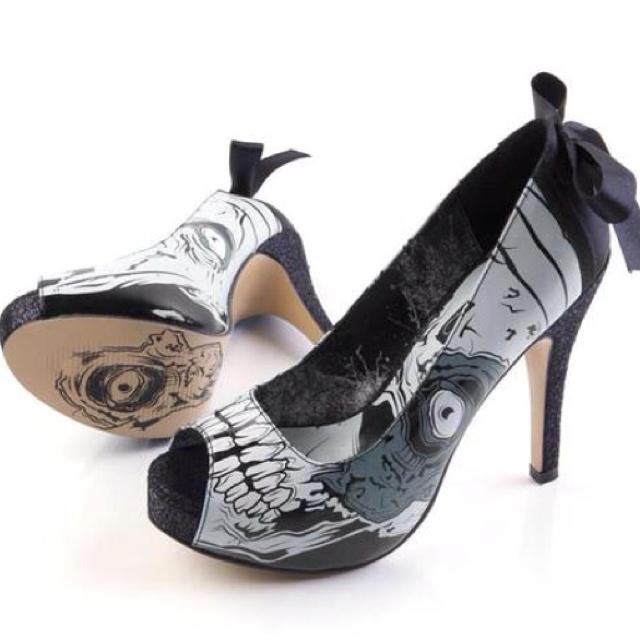Zombie heels