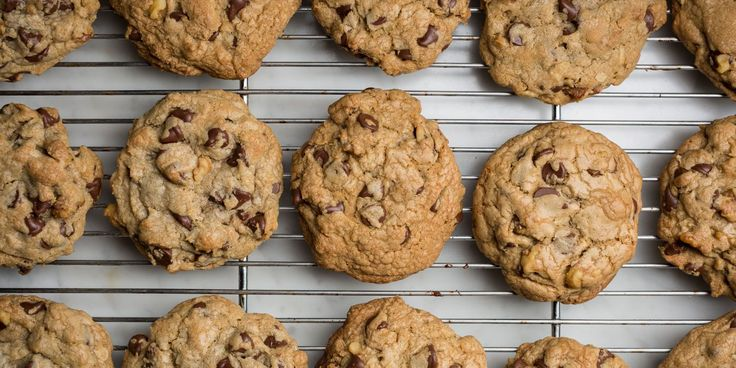 You're going to want to claim this recipe as your own. Doubletree hotel chocolate chip walnut cookies