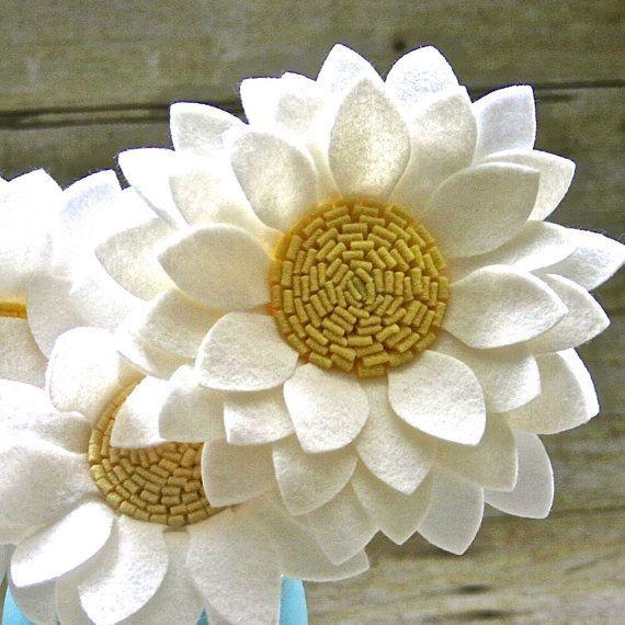 Beautiful Felt Flower Bouquet and Mason Jar Vase by FeltAndMason