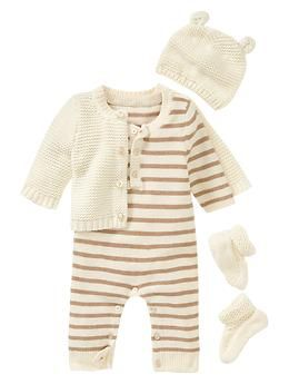 Would be a SUPER cute coming home outfit (too bad it's $100) :( Baby Gap