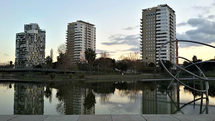 25/03/2015 Diagonal Mar, Barcelona, Park, Water by Luz Divina Balihar #barcelona #park #reflect #water #diagonalmar #sky