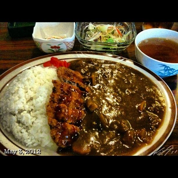メンチカツに弱い… 胸焼け中にはNG #menchikatsu #curry #japanese #food #lunch #philippines #フィリピン #ランチ #カレー