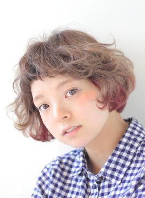 かわいい!外国人風ボブのカーリー♡ -次のカットはカーリーヘアで♡いろいろな長さの髪型の参考に♡