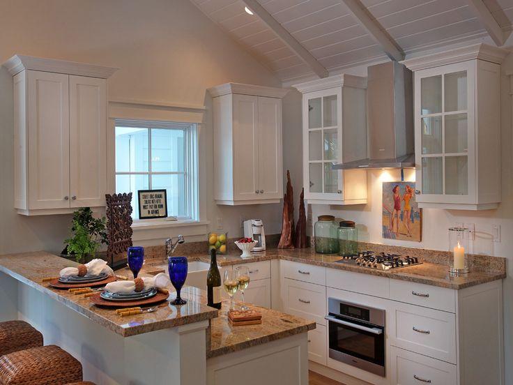 Coastal living,beach house,.kitchen