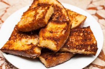 Гренки из белого хлеба - рецепты с фото. Как приготовить вкусные гренки с молоком, яйцом или чесноком