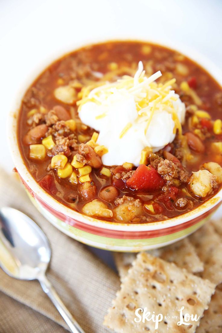 Super easy taco soup recipe that needs only 5 cans of vegetables, a pound of ground beef and two seasoning packets.. Great for pressure cooker or crock pot!