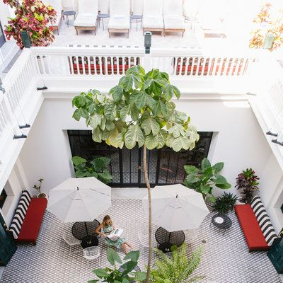 Welcome to the American Trade Hotel in Panama City! Check out 9 great design lessons from the hotel