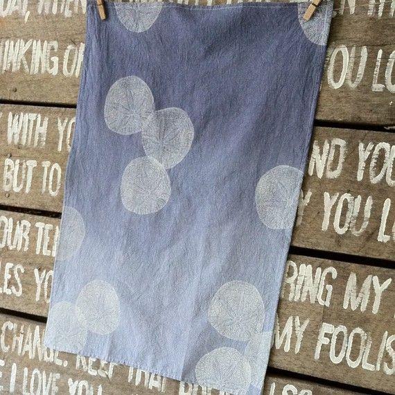tea towel >>  Ombre dye backdrop, single color print.
