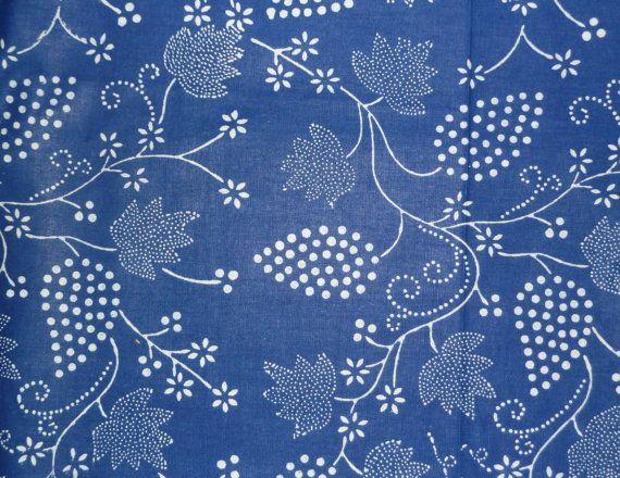Magyar kék festék szövet szőlő motívum - hagyományos, kézzel indigó festett pamut a műhely Magyarországon, 1m