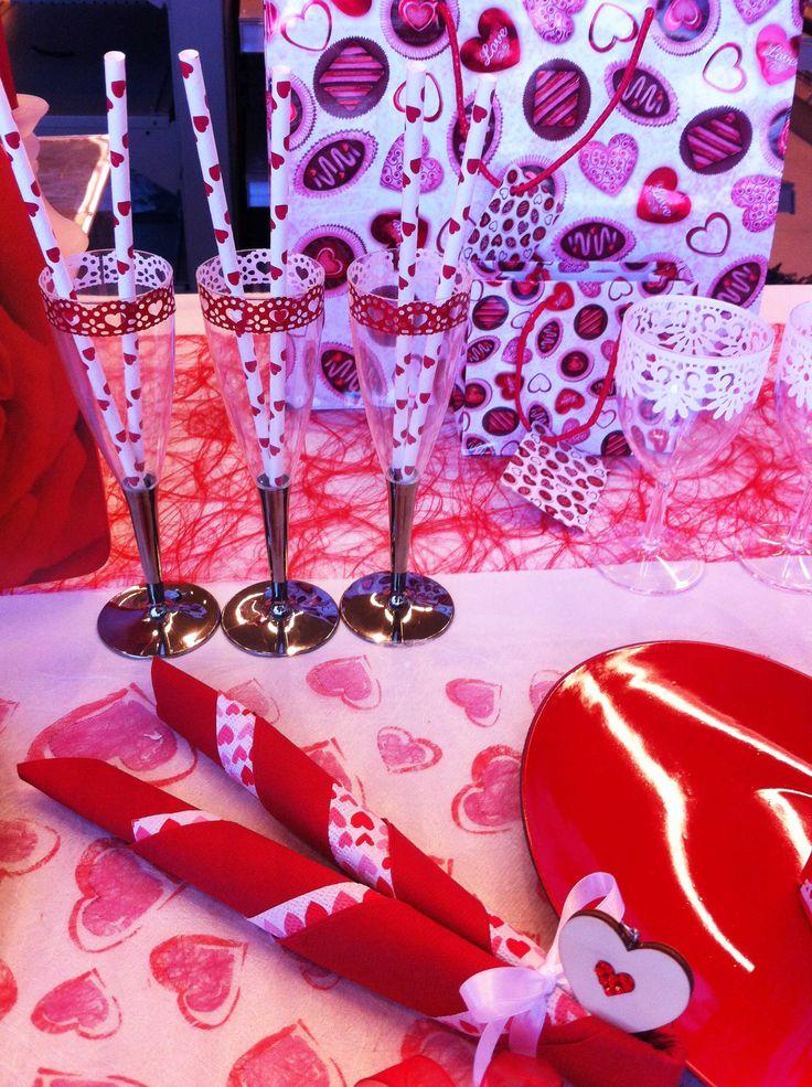 Valentijn tafelbekleding en decoratie saint valentin for Deco saint valentin