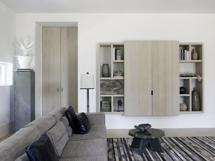 Piet Boon Styling by Karin Meyn | Neutral colors cfr. wandkast living, maar anders - idee om identieke (schuif-)deur op onze wandkast te plaatsen