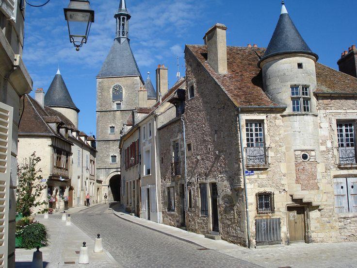 Avallon. ( Yonne)