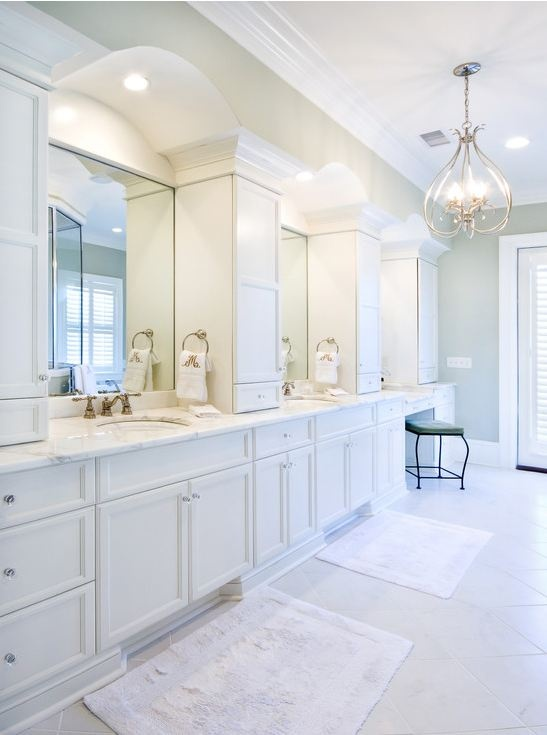 Trois actions simples pour donner de l'éclat à votre salle de bains | RONAMAG