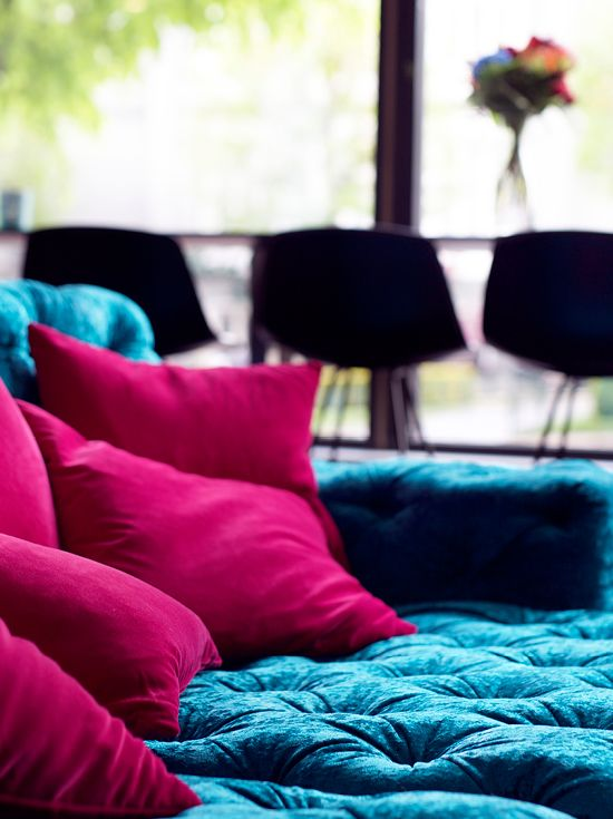Colorful pillows - Clarion Collection Hotel® Oleana