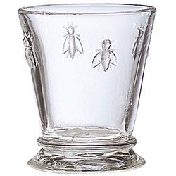 Yay, I found these bee glasses at Tuesday Morning. Love 'em.