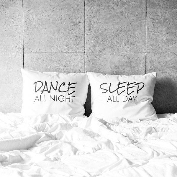 poszewki na poduszki - dance / sleep w White Place na DaWanda.com