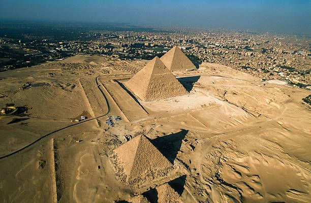 Las Tres Pirámides Keops, Kefrén y Micerinos, Pirámids de Guiza. Paquetes a Egipto. http://www.viajesegipto.cairoday.tours/Viajes-a-Egipto-paquetes/Paquetes-Cl%C3%A1sicos-en-Egipto