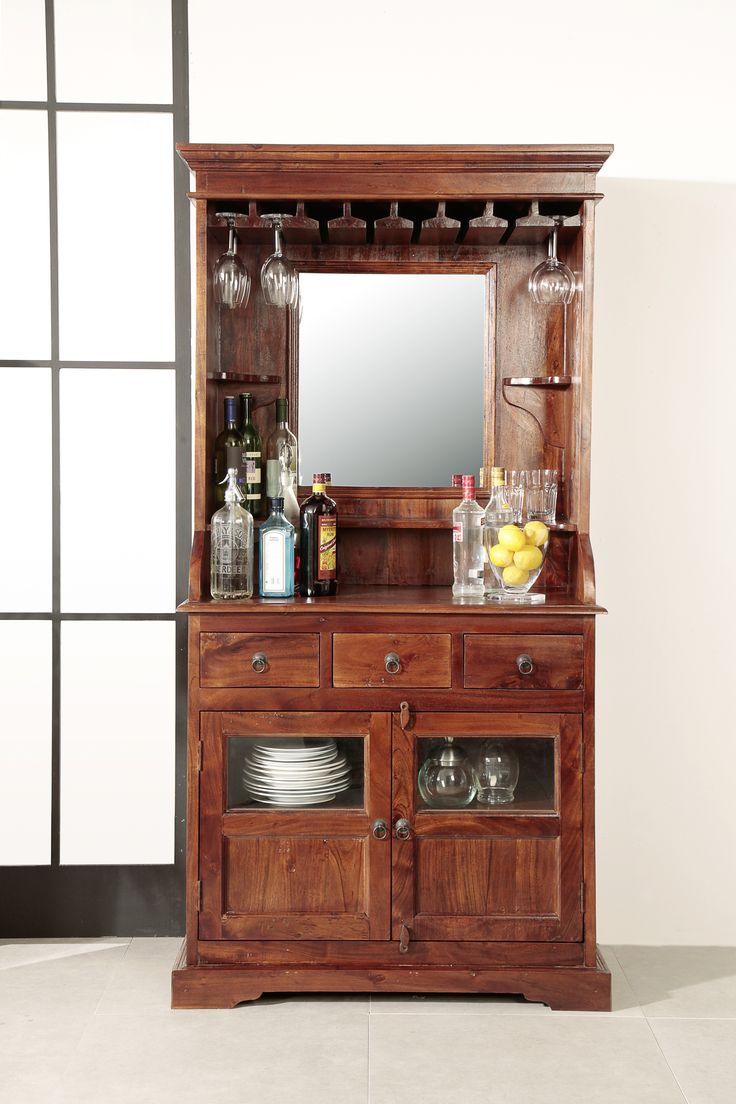 weinschrank oxford charakteristisch f r den kolonialstil sind dunkle m bel daf r wird das. Black Bedroom Furniture Sets. Home Design Ideas