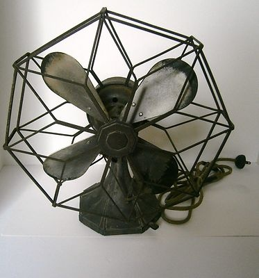 Great Westinghouse Art Deco Debonaire Fan