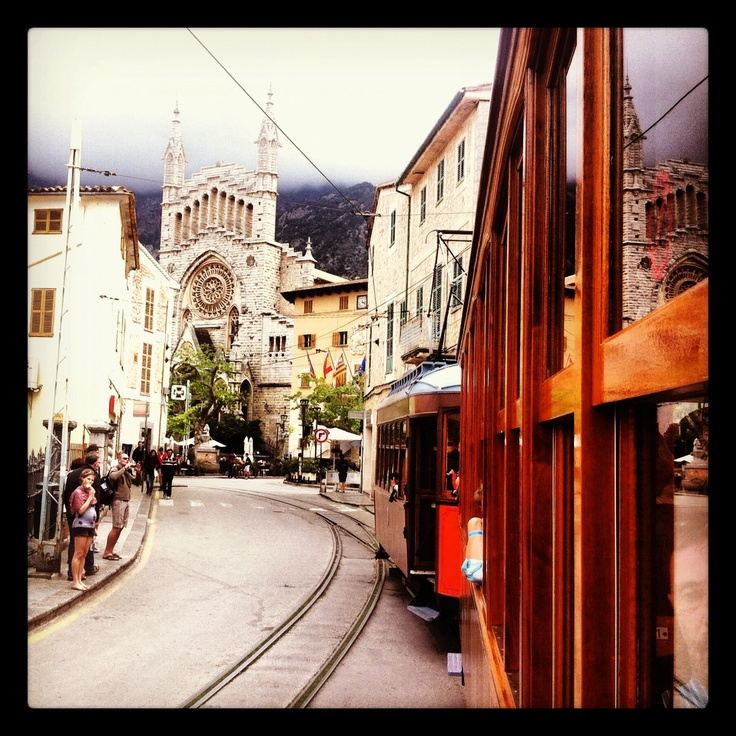 Visit the Old Cathedral of Soller, the historical wooden train passes by. The Train is itself 100 Years old and functions the same since all these years. ----- Mora Information: http://www.nofrills-excursions.com/excursions-tours-thingstodo/port-alcudia/island-tour-bus-trainboat-and-tram/