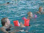 Zwemmen met Flip de beer