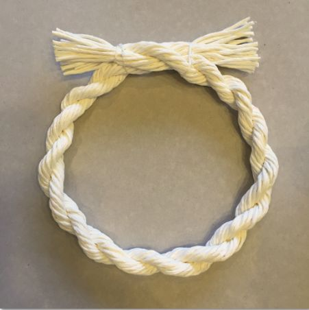 この画像は「しめ縄の作り方6パターンを大公開!しめ縄飾りを手作りしよう♪」のまとめの10枚目の画像です。