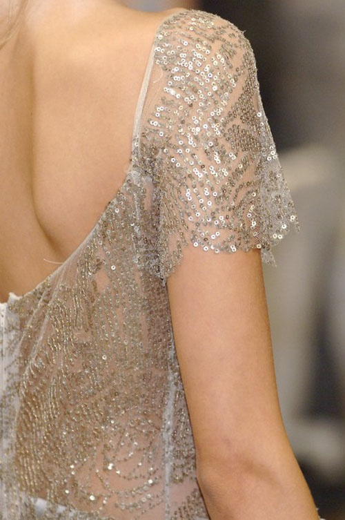 : Alexander Mcqueen, Fashion Shoes, Fashion Style, Dresses, Girls Fashion, Silver Sequins, Sequins Tops, Glitter, Catwalks Fashion