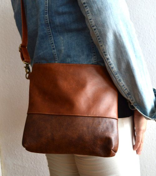 Leather crossbody bag Medium brown distressed leather by reabags. Love cross body style. And the shape/size of this bag.
