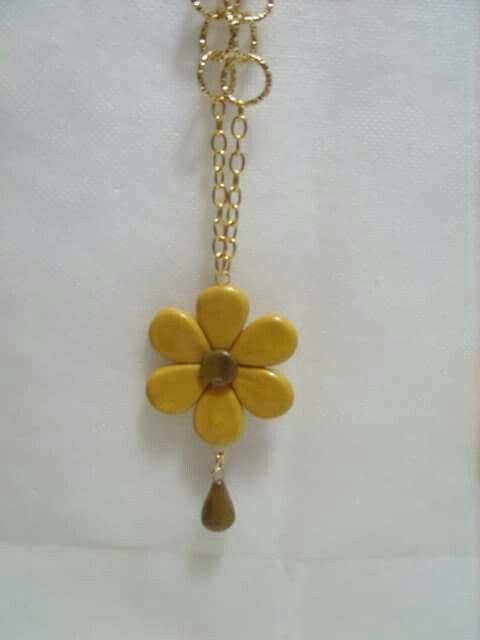 Collana personalizzata in oro e bronzo realizzata  in porcellana fredda
