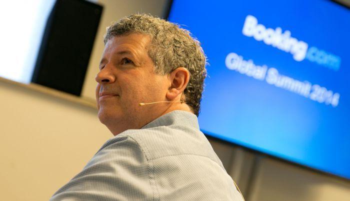 Даррен Хьюстон / Booking.com: Завоевание клиента. Проблемы сетей. Корпоративные брони.