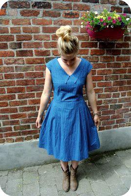 Miss Wobie haar versie van de Aiko TiRaKiMi jurk. Schitterend toch he! Ook te zien op haar blog misswobie.blogspot.be