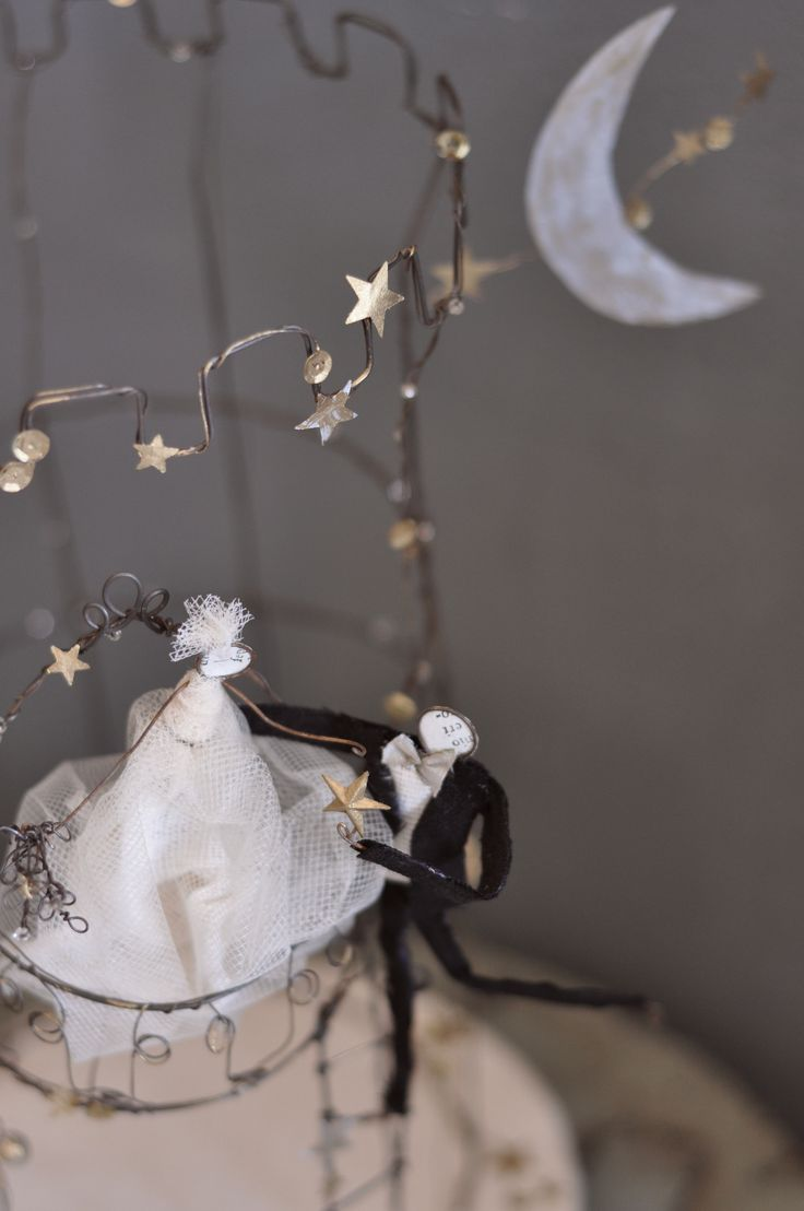 "Wedding cake topper: ""Like a princess"""