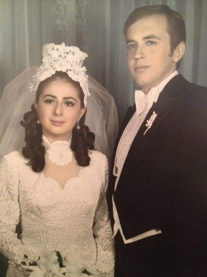 Gloria Bejarano contrae matrimonio con Dón Rafael Ángel Calderón Fournier  año de 1972.   Contraer matrimonio, Matrimonio, Fotografia