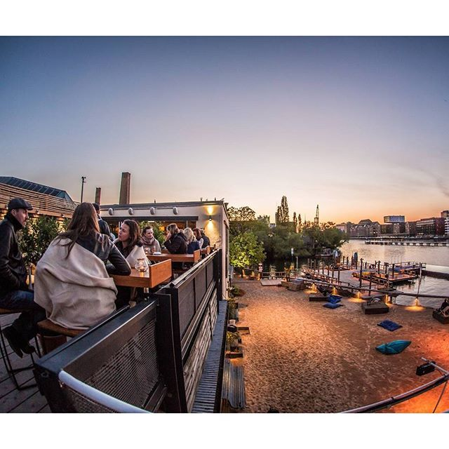 It is not difficult to find the party vibe in Berlin, but for sure in summer it is all in  Badeschiff Berlin. An out-doors club, pool and bar. The coolest place to be!