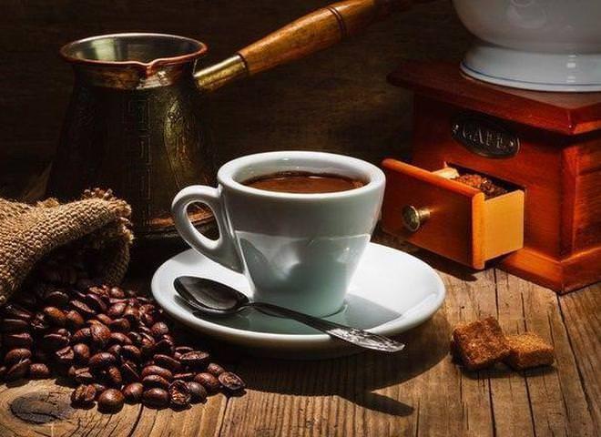 Как правильно варить кофе в турке: секреты приготовления   Ссылка на рецепт - https://recase.org/kak-pravilno-varit-kofe-v-turke-sekrety-prigotovleniya/  #Напитки #блюдо #кухня #пища #рецепты #кулинария #еда #блюда #food #cook