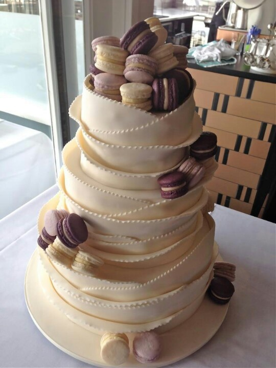 macaroons wedding cake 33 best images about macarons on pink 16971